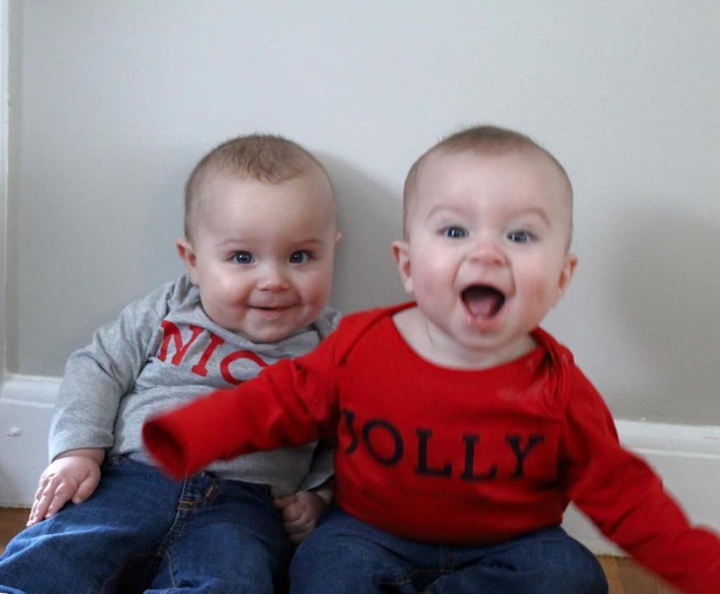 Twins_Christmas