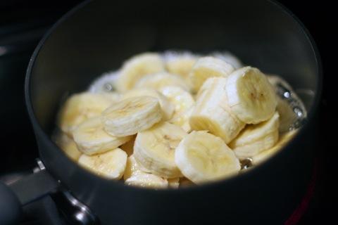 Vanilla-Yogurt-Pancakes-Bananas.jpg