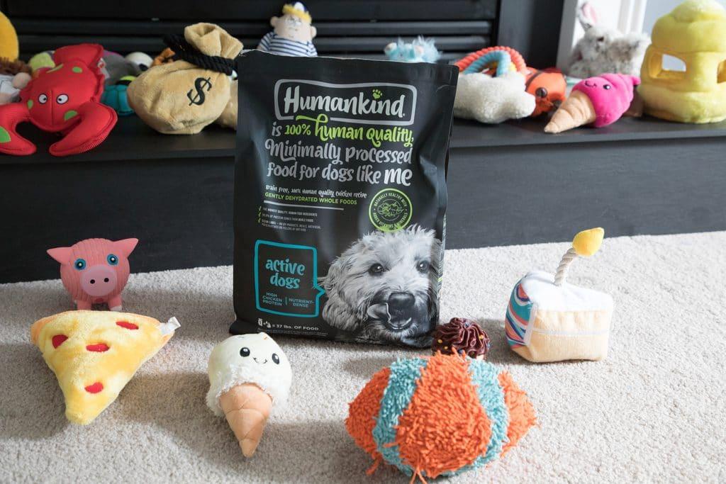 Winnie loves Humankind food for dogs | wearenotmartha.com