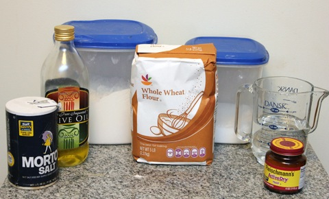 Whole-Wheat-Dough-Ingredients.jpg