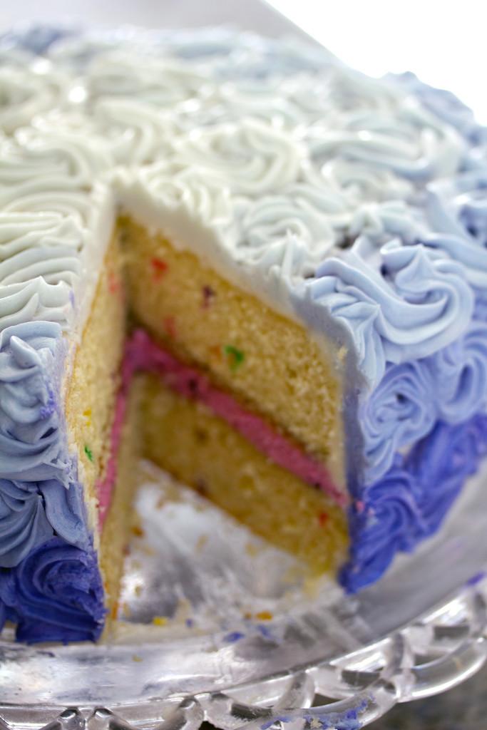 Wilton Rosette Ombre Cake 10
