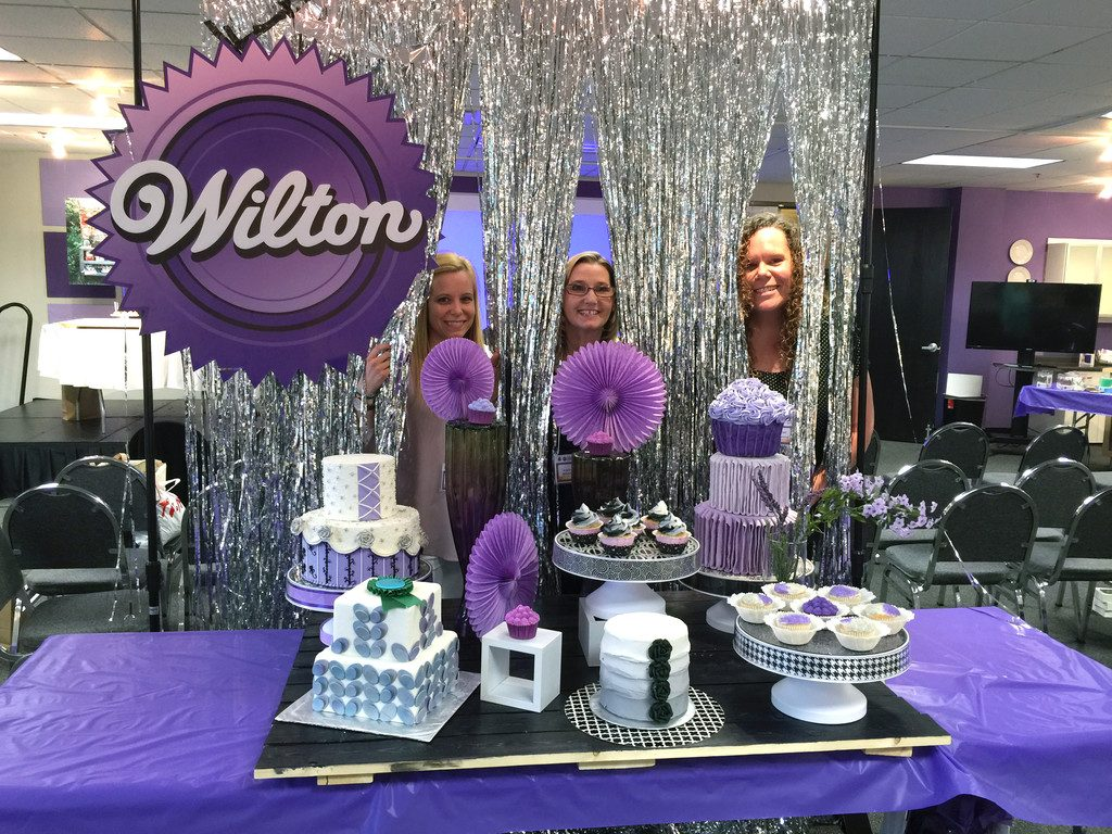 Wilton_Dessert_Table_3