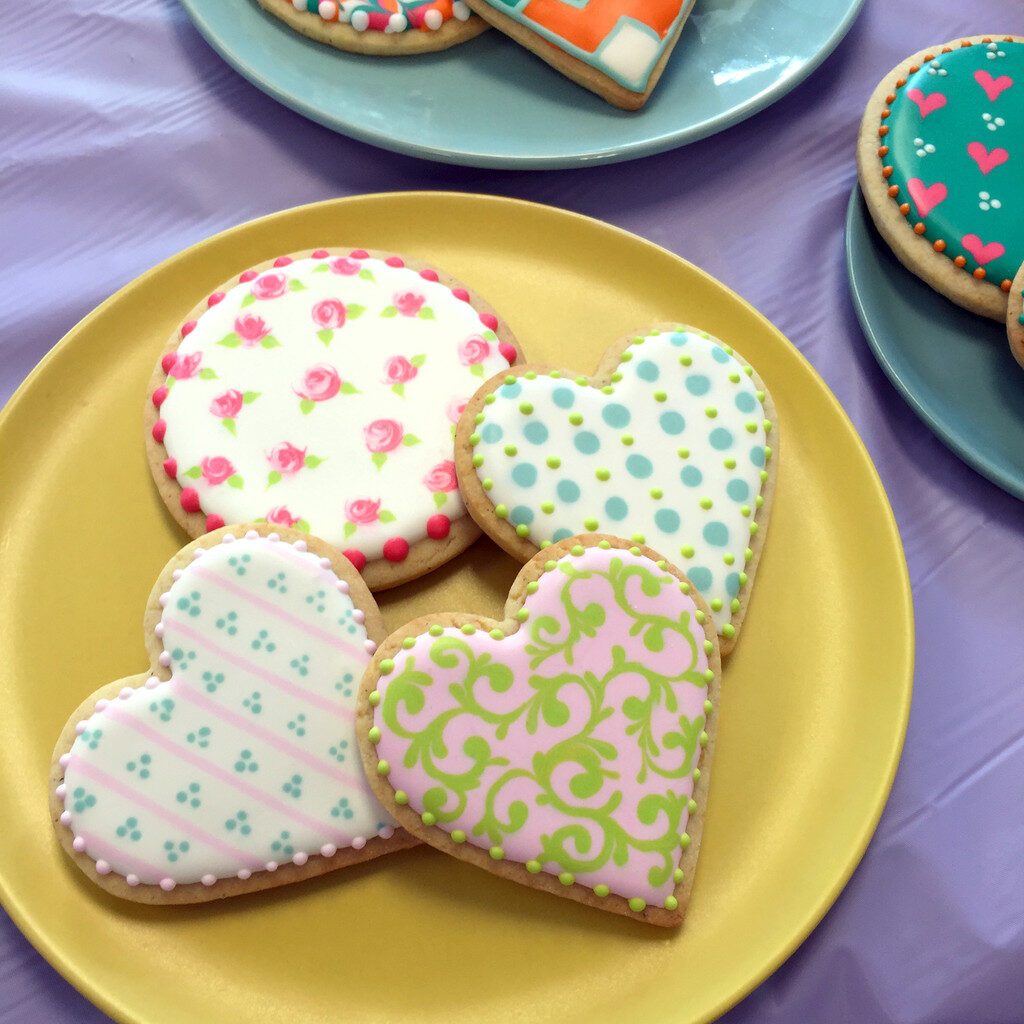 Wilton_Royal_Icing_Cookies_2