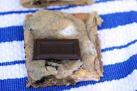 s'mores-cookie-bars.jpg